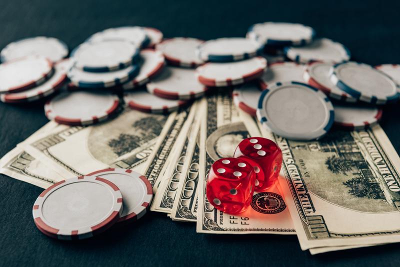 ネットカジノでお金を失ったトップ3人有名人