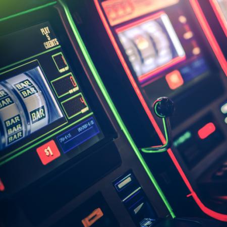 オンラインカジノのスロットマシンの種類