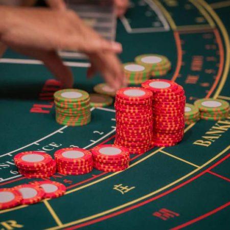 カジノ バカラはオンカジで最もよくプレイされる!