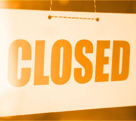日本はパチンコ店の閉鎖を含む非常事態宣言の新しい状態を導入
